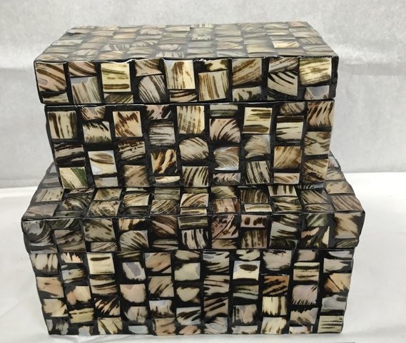 Mother of pearl -Boxes 8